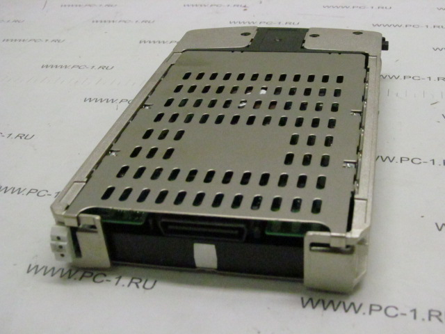 Жесткий диск HDD Fibre Channel 300Gb HP BD30058232 (P/N: 359461-007, 366023-002) /Hot-Swap /FC-AL /Data Transfer Rate 2GB/s /40 pins /10000 rpm
