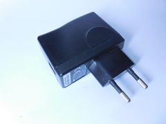 Блок питания Huawei Travel Charger HS-050040E5